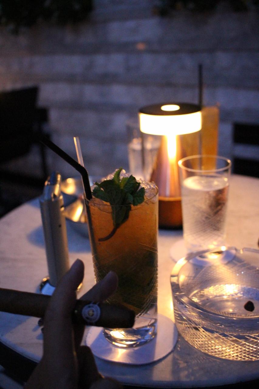 Vogue Lounge Bangkok ヴォーグラウンジバンコク ルーフトップバー